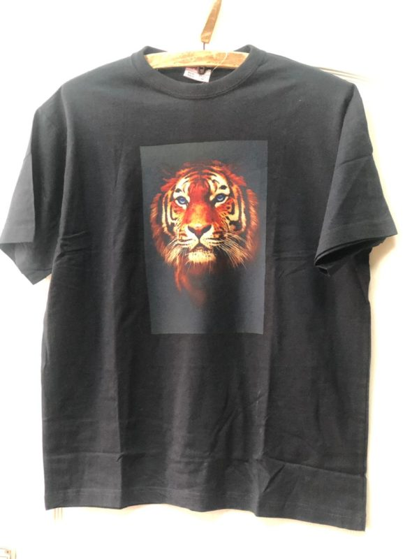 тигр на футболке