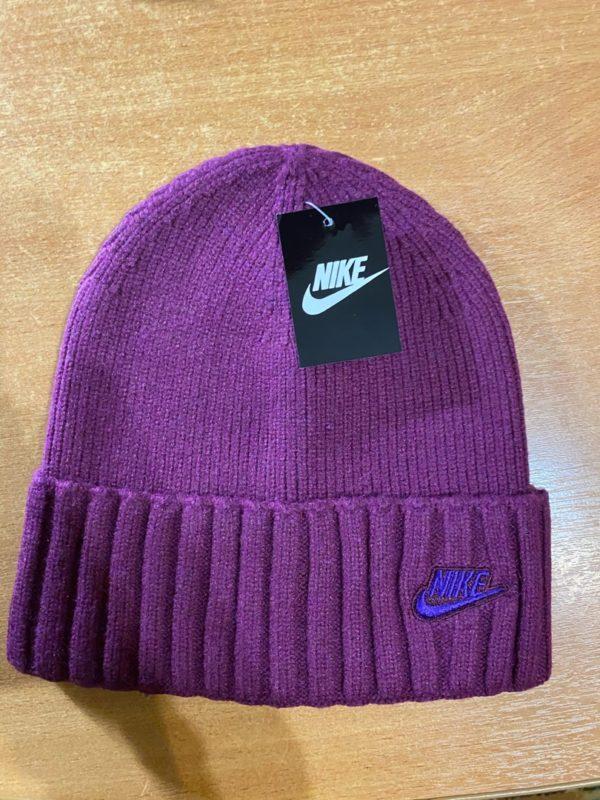 шапка бордо